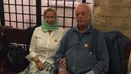 80-летний Резник отвелженуподвенецвКрыму— видео