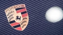 Всети появилось видео сновым Porsche 911— впечатляющие кадры