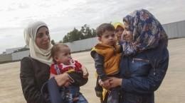Иностранных журналистов пустили всирийский лагерь для переселенцев— репортаж
