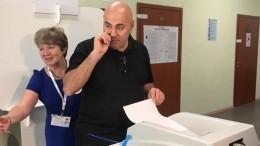 «Петросян плохого непосоветует»: звезды рассказали, как голосовали навыборах
