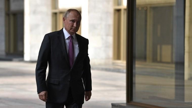 Путин прибыл воВладивосток для участия вВосточном экономическом форуме