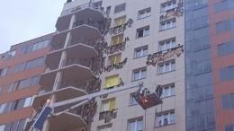 ВКрасноярске из-за пожара эвакуировали жильцов высотки— фото сместа