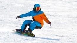 Изобретен LED-сноуборд, превращающий катание поснегу всказочное шоу— видео