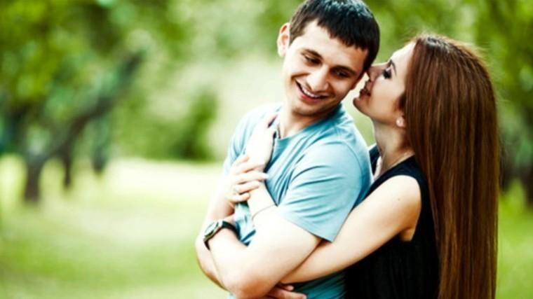 Супруга футболиста Алана Дзагоева уехала издома изабрала детей