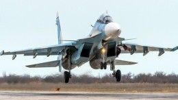 Захватывающее видео боевых учений истребителей Су-30СМ