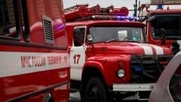 Здание ЭТПК «Воронцово» союза художников России» горит вМоскве
