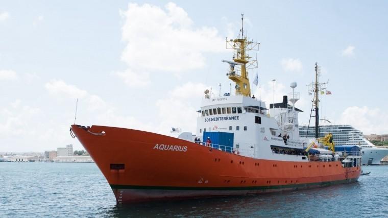 Корабль-спасатель мигрантов вСредиземном море «Aquarius» объявят пиратским