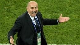Стало известно место Черчесова врейтинге тренеров FIFA