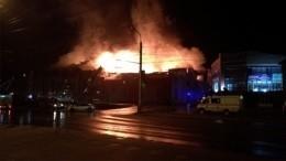 Торговый центр «Мебель-сити» горит вИркутске наплощади 4 тысячи квадратных метров