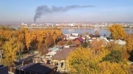 Видео: речной грузовой порт горит вИркутске