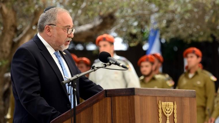 Израиль заявил оневозможности отказаться отсирийской операции
