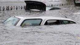 Дожди затопили итальянскую Катанию— видео