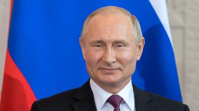 Мэр Вероны поздравил Владимира Путина сднем рождения сосцены Arena di Verona