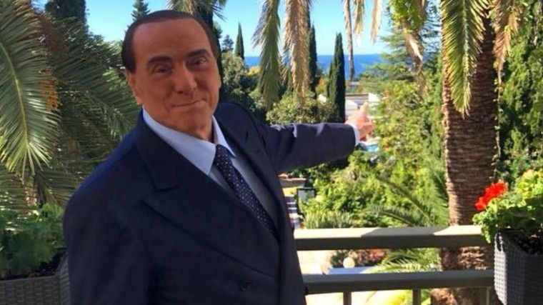 Берлускони удивился истинному цвету Черного моря