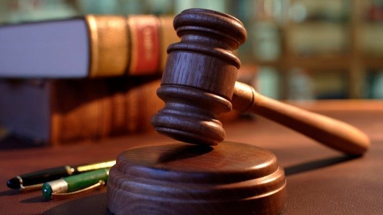 Адвокат раздобыл доказательства того, что судья Хахалева неучилась наюриста