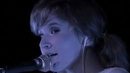 Видео: Лиза Монеточка массово отменяет концерты из-за серьезной болезни