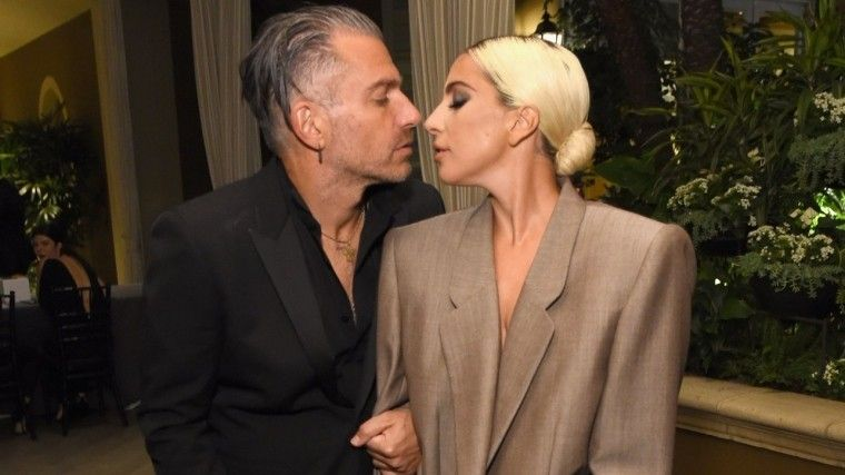 Леди Гага объявила опредстоящей свадьбе сосвоим менеджером