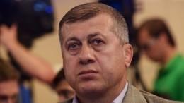 Тренер российской сборной повольной борьбе был удален наЧМвБудапеште