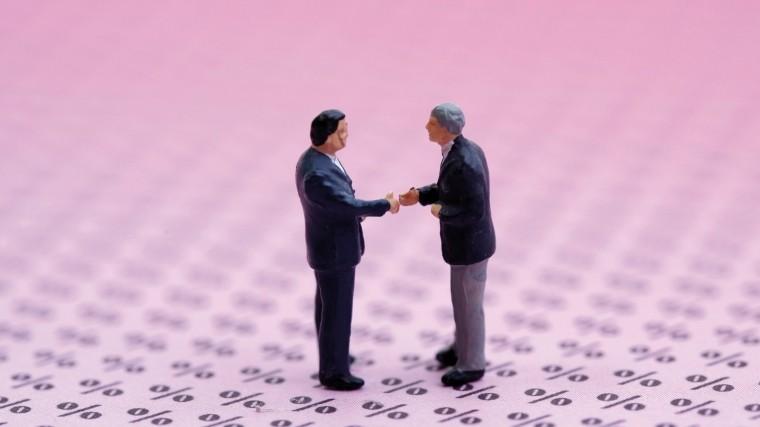Как лица, которые могут оказаться мошенниками «обучают» пенсионеров финансовой грамотности