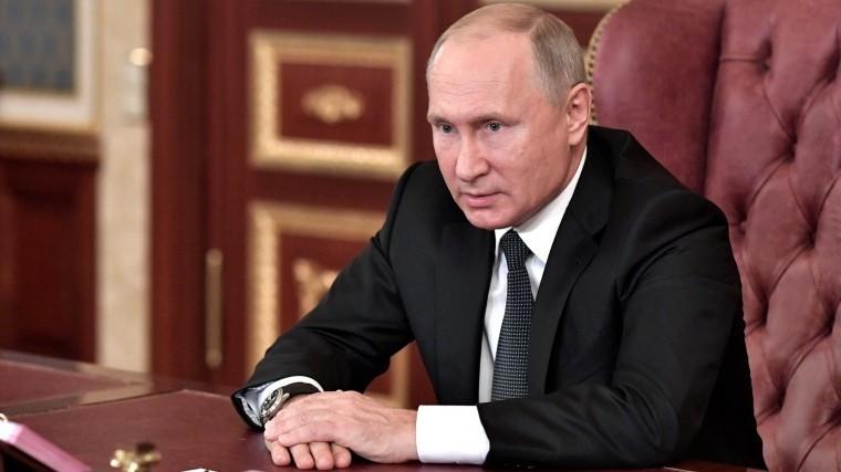 Путин поручил правительству продумать компенсации авиакомпаниям