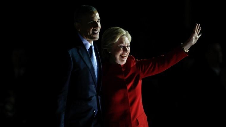 Бараку Обаме иХиллари Клинтон подкинули посылки сбомбами