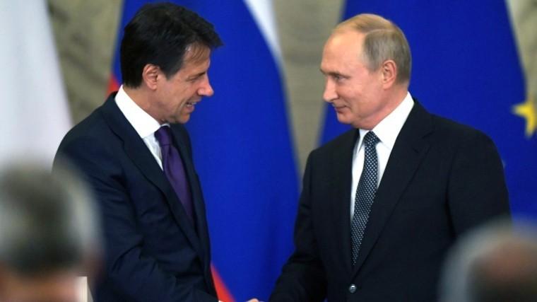 Путин отметил содержательность переговоров ситальянским премьером
