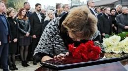 Родственникам погибших вкерченском колледже простят долги