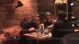 Поклонники заметили Сергея Шнурова сновой супругой впетербургском ресторане