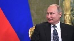 «Тоже хорошее место»— Путин приободрил губернатора, которая села вего кресло
