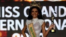 Победительница конкурса Miss Grand International рухнула вобморок насцене