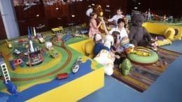 ВКанске воспитатели-садисты почти год кололи детей булавками