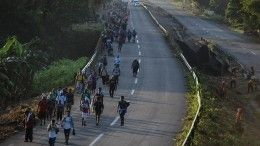 США готовятся к«теплой» встрече каравана мигрантов награнице сМексикой