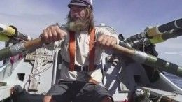 Федор Конюхов задумал обогнуть земной шар навесельной лодке