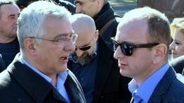 Черногорские оппозиционеры просят помощи России иЕвропы