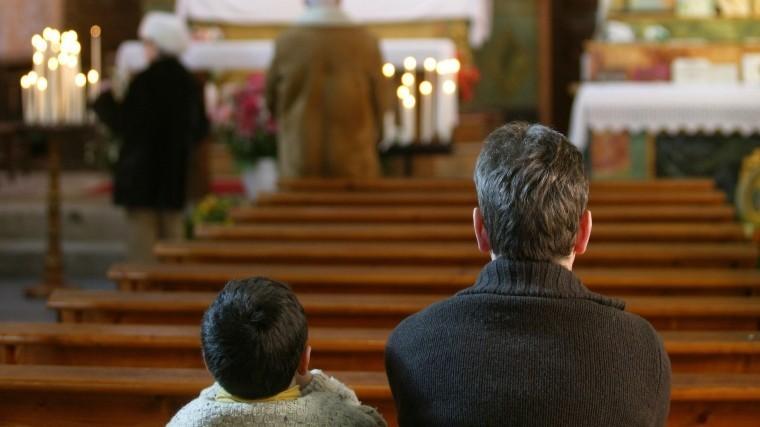 Католическая церковь вСША заплатит жертвам священников-педофилов