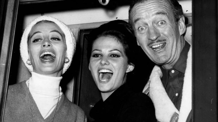 Капюссин, Дэвид Нивен и Клаудия Кардинале, 1963 год.