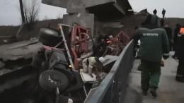 Пострадавшие при обрушении моста под Воронежем находятся втяжелом состоянии