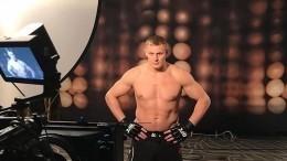 Россиянин Павлович проиграл голландцу натурнире UFC вПекине