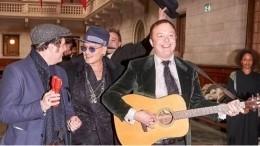 Джонни Депп примерил роль свадебного музыканта— фото