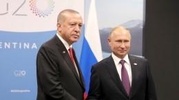 Владимир Путин поблагодарил Реджепа Эрдогана зарешение проблемных вопросов