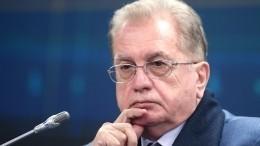 Директор Эрмитажа отвечает навопросы пользователей ВКонтакте— Live
