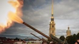 Пушка Петропавловской крепости возвестила остарте недели автоспорта