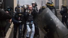 ВоФранции против «желтых жилетов» мобилизуют дополнительные силы полицейских