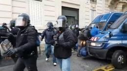 Власти Франции «зализывают раны» после 23 дней протестов «желтых жилетов»