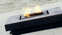 Погасивших Вечный огонь наМарсовом поле вПетербурге зафиксировала видеокамера