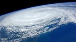 Видео: Дальний Восток оказался вовласти мощного циклона