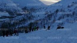 Попавшая под лавину вМурманске петербурженка погибла