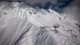 Последние минуты жизни лыжника наЭльбрусе попали навидео