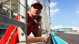 «Постопам отца»: Шумахер-младший заключит контракт сFerrari