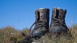 Лайфхак: Как быстро разносить тесную обувь